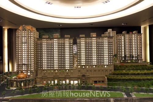 甲山林建設「城上城」模型02.JPG