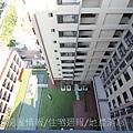 雄基建設「原風景」73俯瞰中庭.JPG