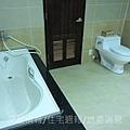 宏安開發建設「經國天下」26實品屋3F主衛浴.JPG