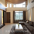 弘新建設「達觀」12 1F客廳.JPG