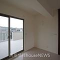 弘新建設「達觀」43 4F半梯廳.JPG