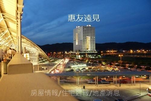竹北建築之旅06:美麗高鐵站01:高鐵東站商辦地標.JPG