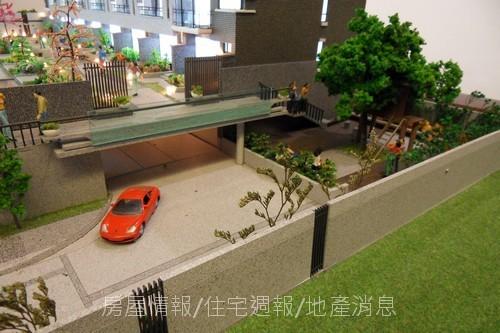 旭嘉聯合科技「在欉紅」05外觀模型.JPG