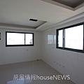 理德建設「水立方」13待售屋.JPG