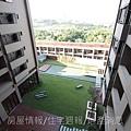 雄基建設「原風景」30實品屋A4陽台俯瞰中庭.JPG