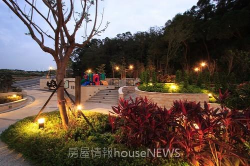 佳陞建設「上青城」27社區公園.JPG
