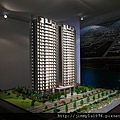 [竹北] 坤山建設「和謙」2011-04-27 003.jpg