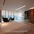 閎基開發「私建築」24辦公室裝修示意圖.JPG