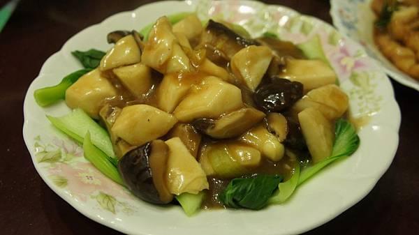 06香菇燴竹筍.jpg
