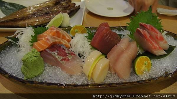 58原來六品是指六種生魚片,不是六片