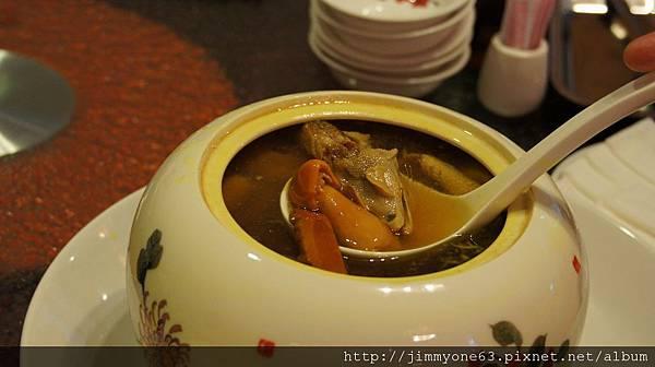 048南薑松翠菇雞湯