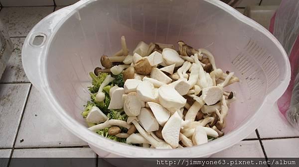 11三種菇+青花菜大正咩都處理好了