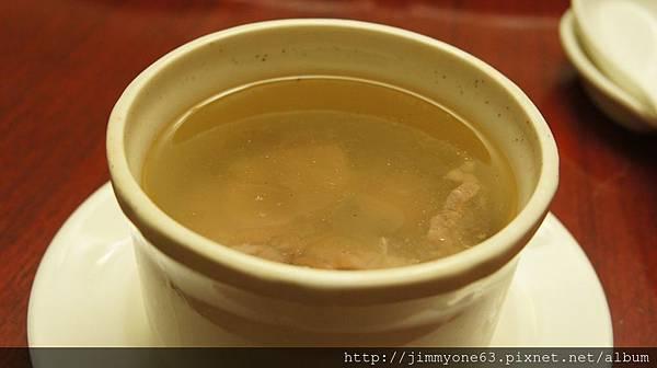 12麻油雞湯