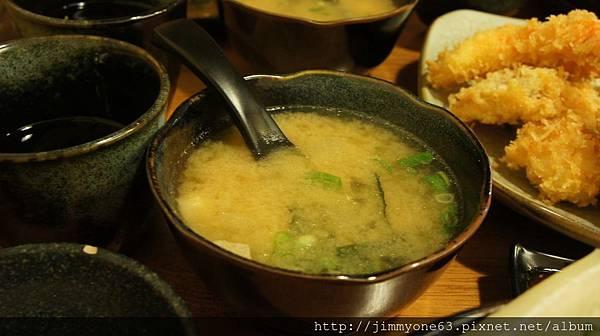 12定食的味噌湯