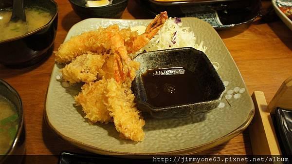 14酥炸什錦海鮮