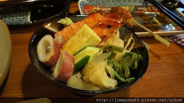 15小朋友的熟海鮮丼