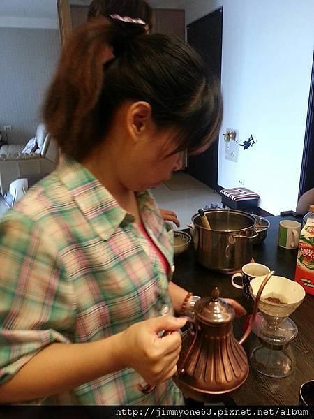 19咖啡調理中.jpg