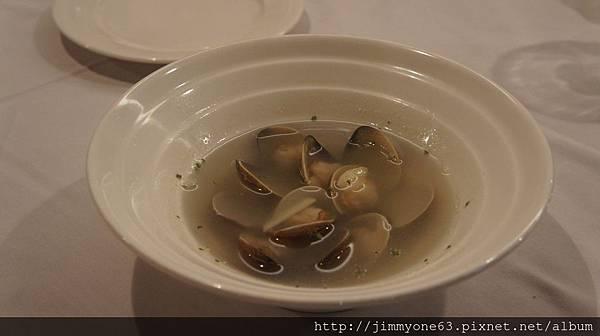 19我跟嘉惠的白酒蛤蠣鮮湯.jpg