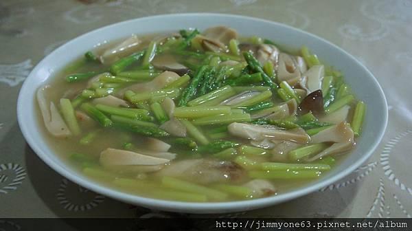 12蘆筍炒草菇.jpg