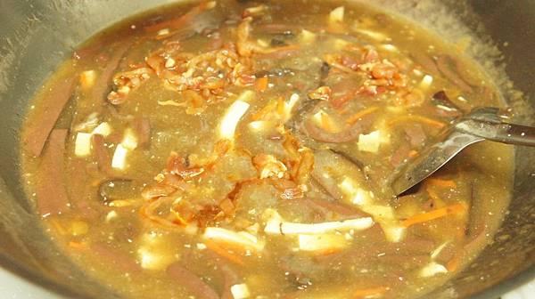 06下豆腐絲拌勻後下醃肉絲.jpg