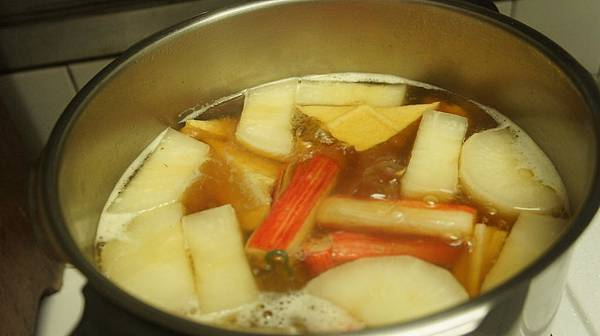 17油豆腐跟蟹肉棒還有蒟蒻.jpg