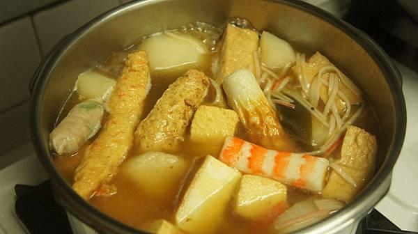 19竹輪魚漿魚板日式豆腐百頁想加什麼加什麼.jpg