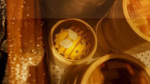 44奶黃嗡嗡包.jpg