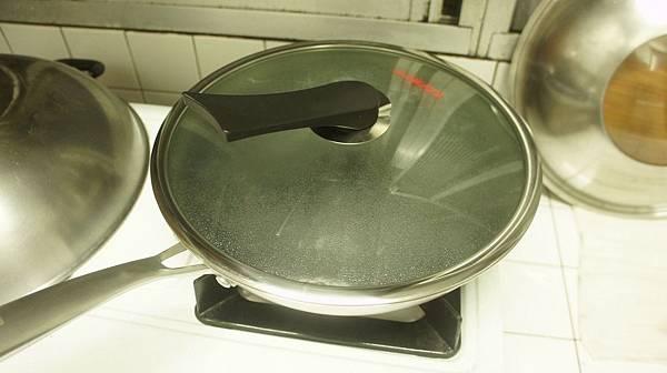 24水加白醋跟洗碗精開始保養.jpg