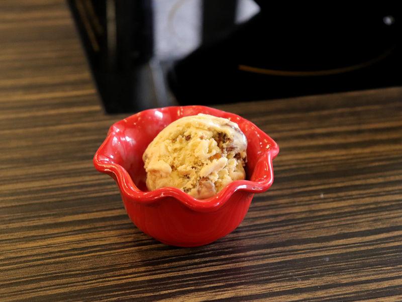 海王子鍋物_冰淇淋01.jpg