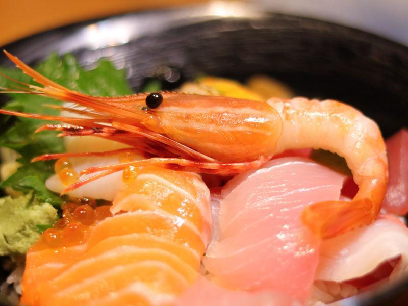 桀壽司_海鮮丼的甜蝦.jpg