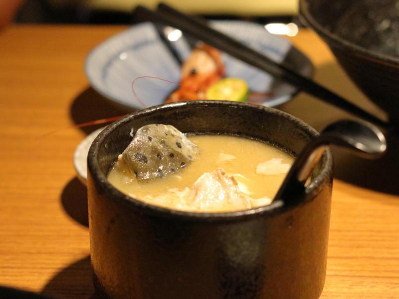桀壽司_魚頭味噌湯的魚皮.jpg