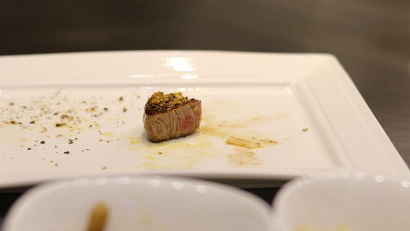 五都_炫鐵板燒_蒜香牛肉.jpg