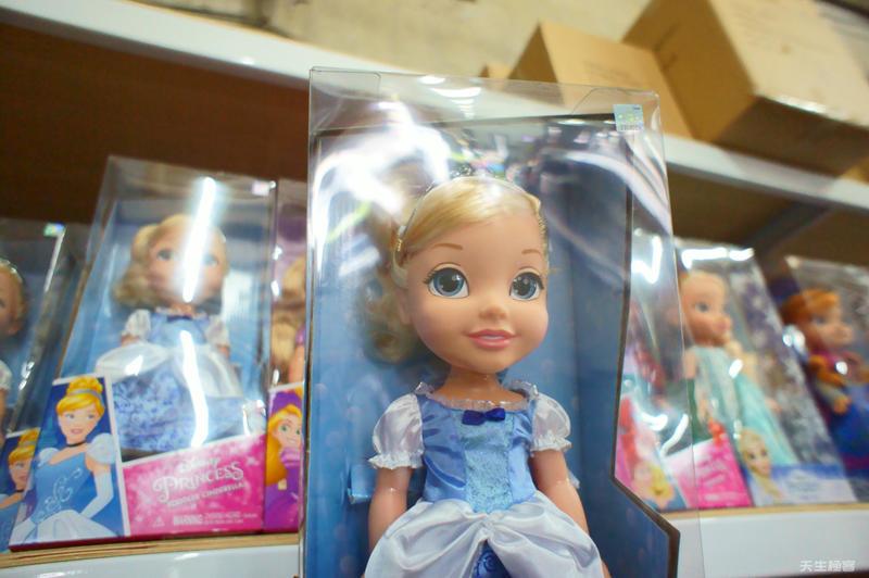 易購玩具批發_公主娃娃.jpg