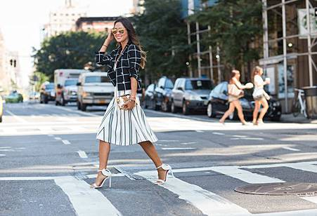 song-of-style-checkered-blazer-stripe-skirt