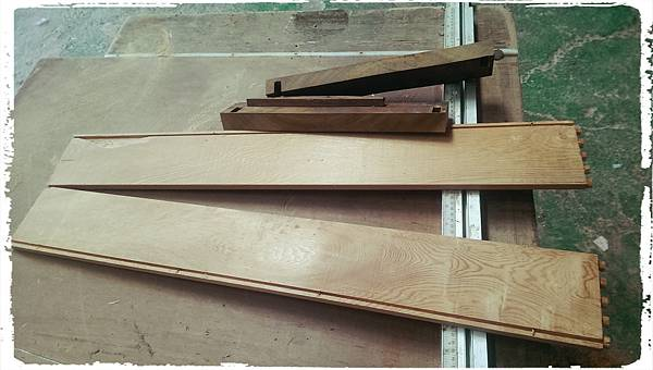 Cypress platform shelf001.jpg