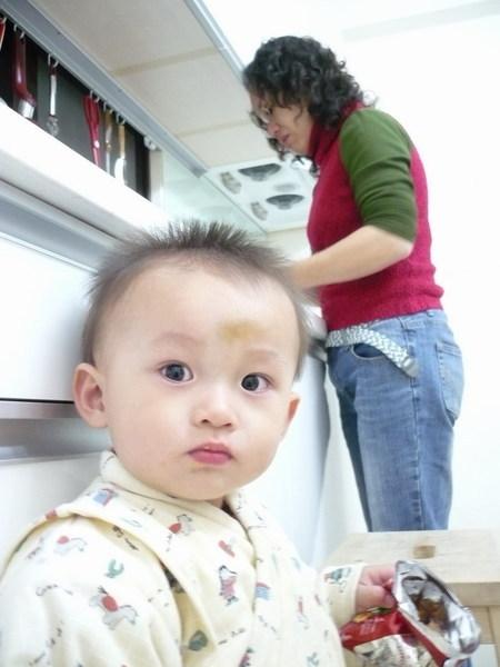 李小弟跟賢慧的秀蓉媽咪