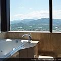 主浴浴缸2.JPG