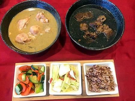 晚餐: 麻油雞、藥膳牛肉、紅白糙米飯、枸杞高麗菜、紅蘿蔔義大利瓜