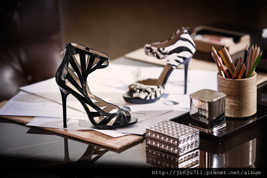 jimmy-choo-hm-collection-170609-5.jpg