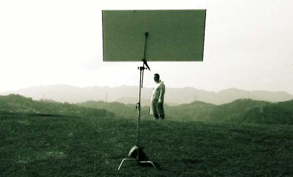 廣告拍攝--太陽雨製造中