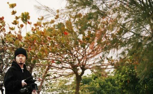 種樹的男人紀錄片拍攝--只差沒落葉了~