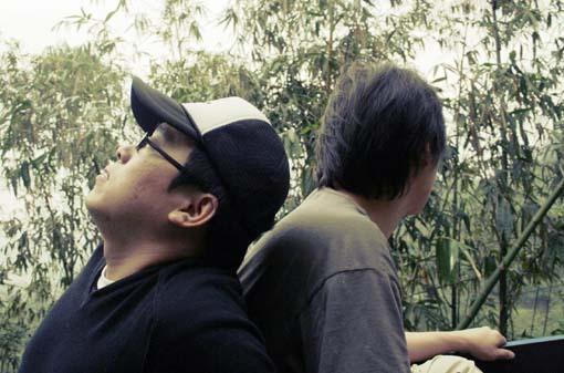 種樹的男人紀錄片拍攝--男人的世界.. 嘖嘖嘖!!