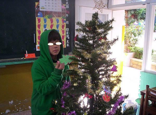 佈置耶誕樹1