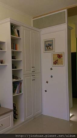 客廳收納櫃.jpg