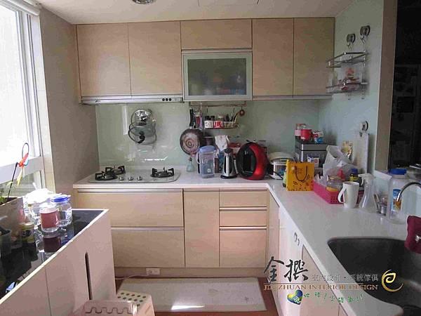 二星期居家大改造--完美修改系統櫃之廚具篇