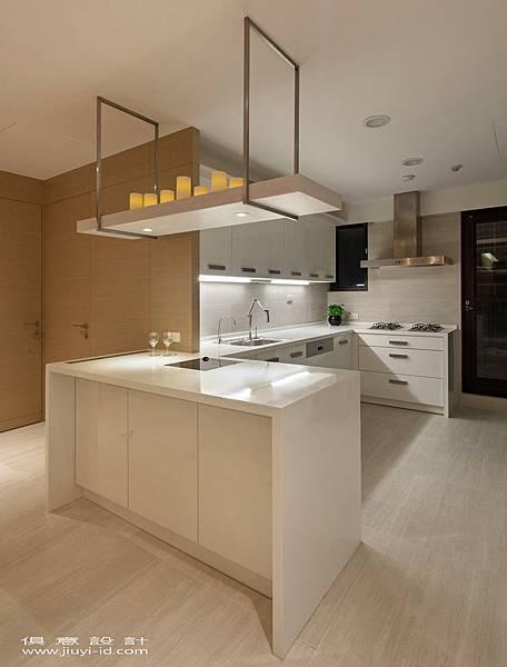 時尚簡潔的廚房,讓烹煮之樂不減優雅。.jpg