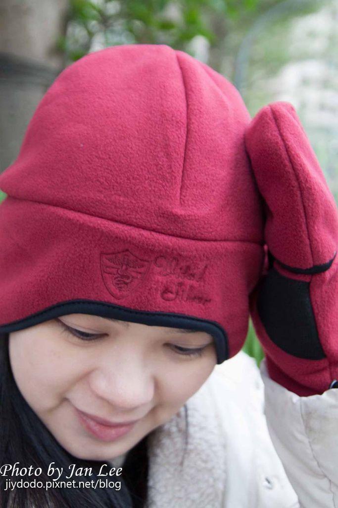 20121223 vital silver手套和帽子拷貝