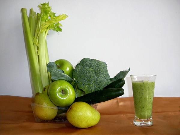 綠色養肝蔬果汁