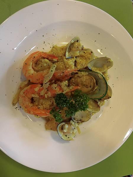 西班牙海鮮燉飯1