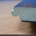 鋼琴面拍立扣-紅檀香-側面照3-超耐磨木地板/強化木地板